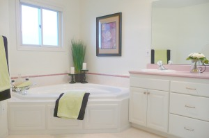 dated master bath updated with decor